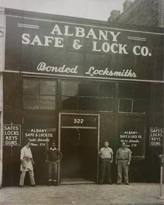Banks Safe & Lock 1944
